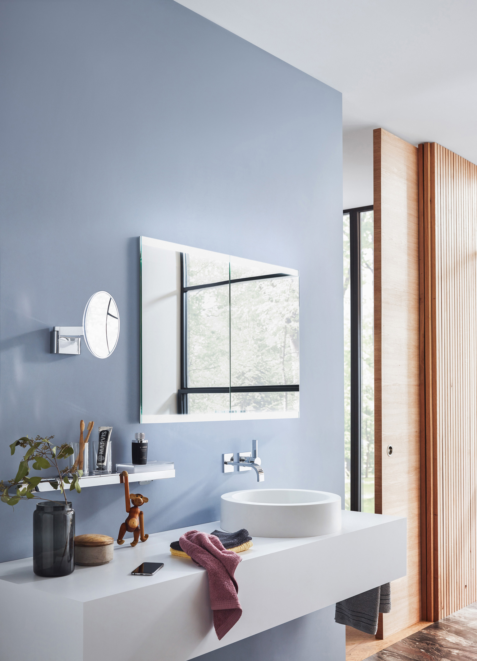 Emco Bad At The Ish 2019 Illuminated Mirror Cabinet With Adjustable Ambient Lighting Emco